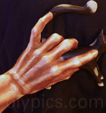 How to Paint Skeleton Hands